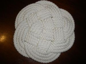 A Turks Head Knot Trivet, 100% Cotton (NR00024)